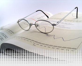 بررسی بازار جهانی و بازار بورس